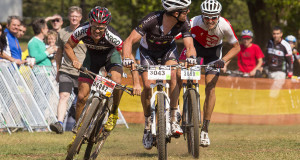 With defending champ Rourke Croeser (left) competing in the Isuzu Trucks PE to Plett stage race, new Kargo teammate Brendon Davids (right) is relishing the opportunity to battle it out for the Sunday Tribune Jeep Hill2Hill title he narrowly missed out on in 2013 this weekend. - Jon Ivins/  Gameplan Media