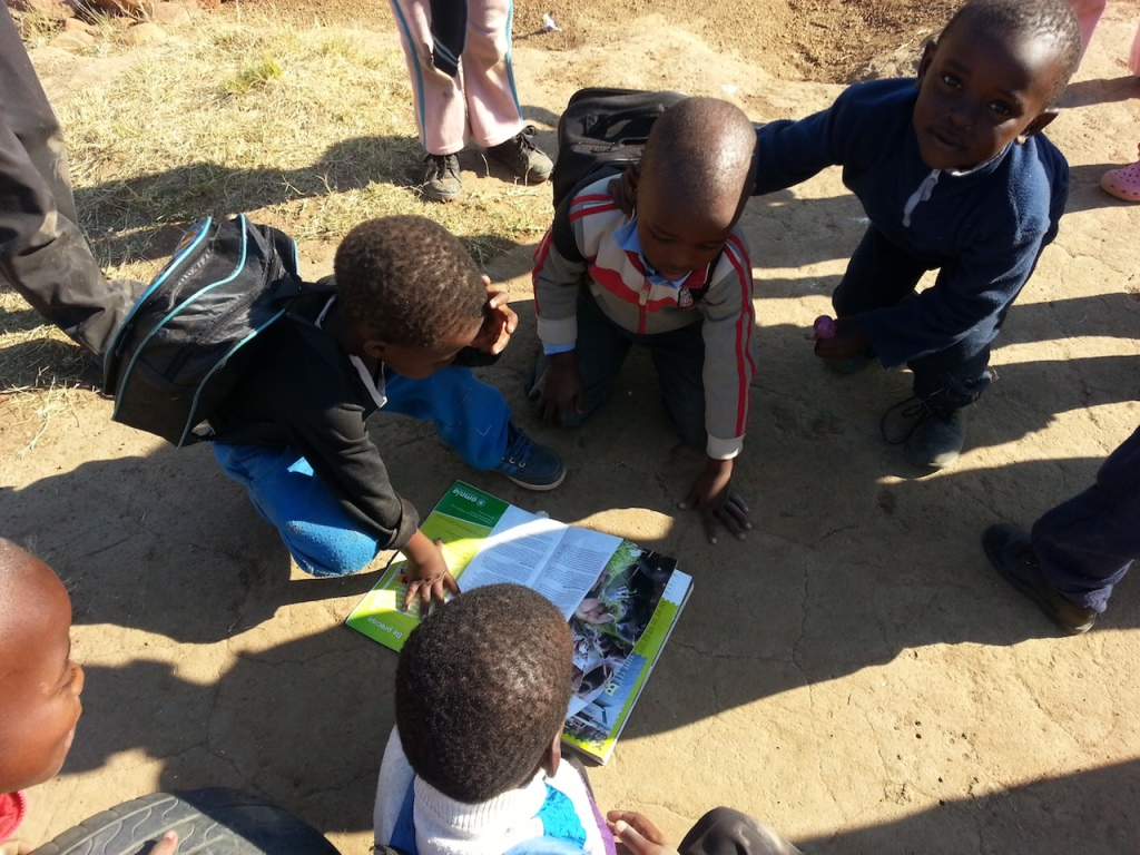 Participants in the FedGroup Berg & Bush mountain bike race, which traverses the Central Drakensberg from October 10, have donated almost R70 000 worth of library books and furniture to underprivileged rural schools along the route. Photo: Supplied