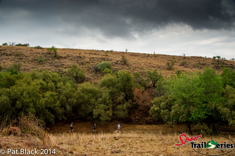 Runners at race 1 of the Spur Gauteng Summer Trail Series™ 2014. Image by Pat Black (2)