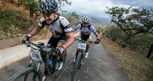 Riders battling up Spioenkop - Photo EmGatland