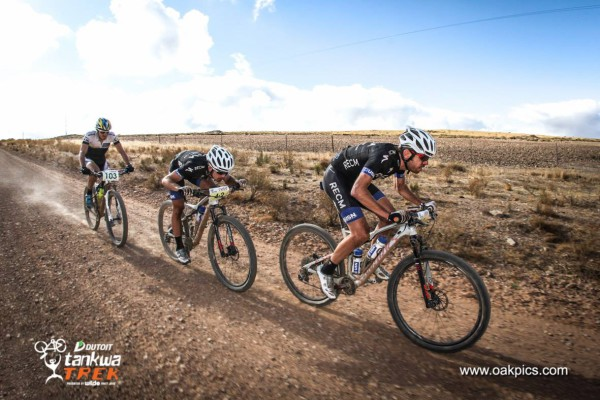 Kleinhans and Reid leading the pack at the DUTOIT Tankwa Trek in Ceres