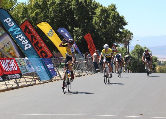 Lise Olivier: Lise Olivier of Time Freight E sprints to victory on stage four of the Bestmed Tour de Boland in Riebeek-Kasteel on Thursday. Photo: Full Stop Communications