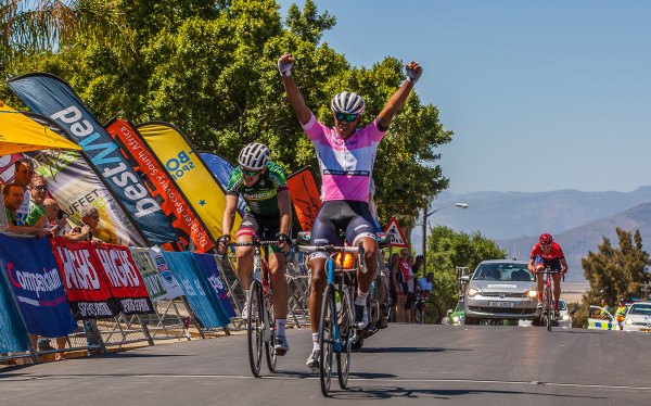 Nolan Hoffman: Compendium Insurance points leader Nolan Hoffman of Abantu sprints to victory on stage four of the Bestmed Tour de Boland in Riebeek-Kasteel on Thursday. Photo: Capcha Photography