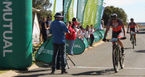 EAI Cycling's Johann Rabie (front) and Gawie Combrinck sprint to the stage victory on day three of the nine-day Old Mutual joBerg2c at Sterkfontein Dam near Harrismith on Sunday. Photo: Full Stop Communications