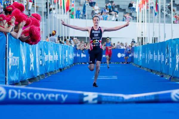 Caption: Alistair Brownlee takes 18th WTS title in season debut in Cape Town. Photo credit: Chris Hitchcock