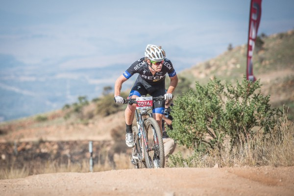 Erik Kleinhans claimed victory in the 75km FNB Magalies Monster MTB Classic presented by ISUZU at the ATKV Buffelspoort on Saturday, 23 May 2015.  Kleinhans crossed the finish line in an impressive time of 03 hours 27 minutes 45 seconds.  Seen here:  Erik Kleinhans in action on the day.  PHOTO CREDIT:  Volume Photography