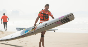 It was another dominant performance from Fenn Kayak's Michelle Burn who cruised to victory at the 2015 FNB Durban Downwind Surfski Race on Saturday which was the fifth and final race of the 2015 FNB Durban Downwind Series.