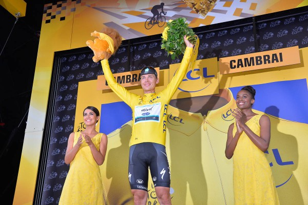 Double blow for Tony Martin ( EQS ) won the stage and endorses the Yellow Jersey. - Crédit : ASO/B.Bade