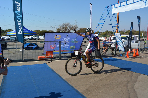 Pieter Seyffert (Altech-Autopage) celebrates his victory in the Bestmed Lost City MTB race at Sun City in the North-West Province on Sunday. Photo: Full Stop Communications