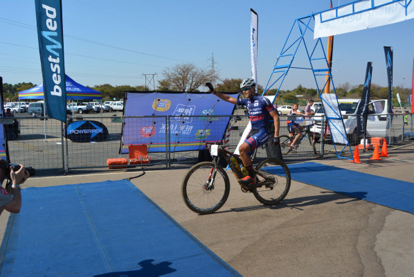 West Rand cyclist Pieter Seyffert will be seeking the double crown in the Bestmed Satellite Classic when he lines up for both the road and mountain bike feature races on October 17 and 18.