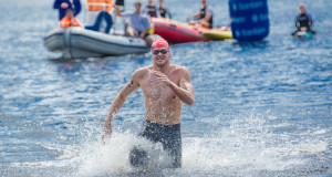 Swimming sensations Danie Marais, Myles Brown and Chad Ho will return to the scenic town of Grabouw on Sunday, 07 February 2016 where they'll battle it out for the title of Sanlam Cape Mile Champion. Seen here:  Danie Marais pips Myles Brown to the finish of the 2015 Sanlam Cape Mile.  Photo Credit:  Volume Photography