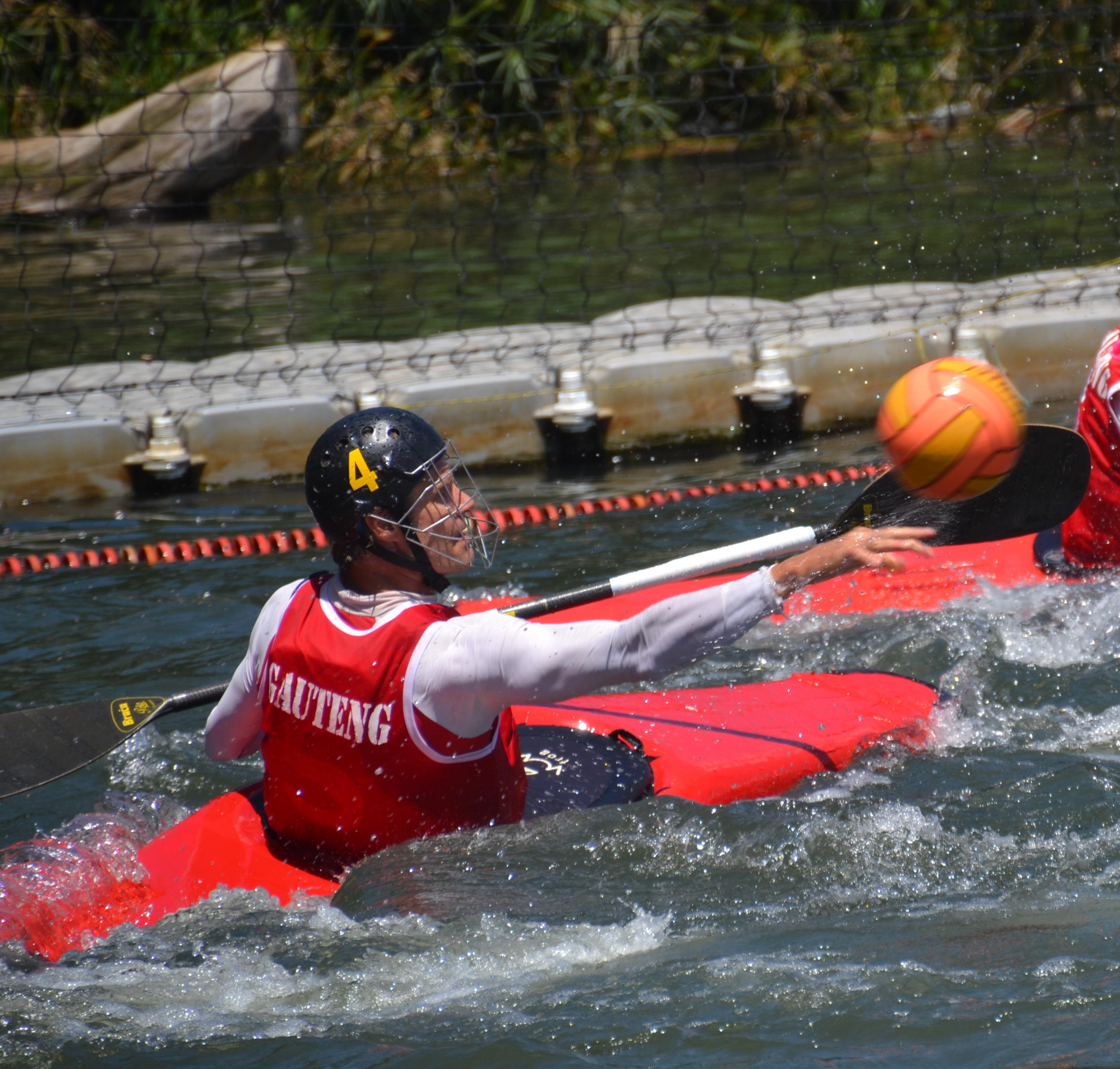 The South African Canoe Polo Championships will be taking place at Shongweni Dam just outside Hillcrest this weekend and promises to be an action-packed event from Saturday 16 to Sunday 17 April. Jane Ballot/Gameplan Media