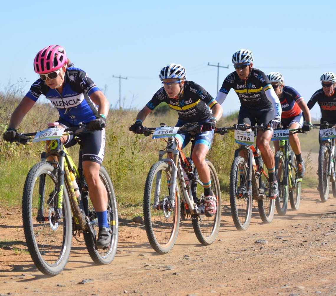 Valencia-Lanham-Love's Amy McDougall (left) leads Catherine Williamson during stage three of the 2016 Old Mutual joBerg2c between Reitz and Sterkfontein Dam today. Photo: Full Stop Communications