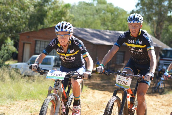Catherine Williamson and Johan Labuschagne of The Bicycle Company-Bestmed had a comfortable start to the 2016 Old Mutual joBerg2c mountain bike race. The first stage took riders from Heidelberg in Gauteng to Frankfort in the Free State. Photo: Full Stop Communications