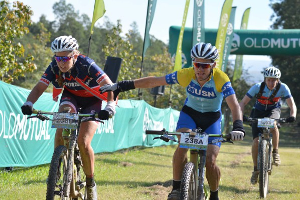 Catherine Williamson (left) and Johan Labuschagne of The Bicycle Company-Bestmed chase the mixed category leaders during the seventh stage of the 2016 Old Mutual joBerg2c. Photo: Full Stop Communications