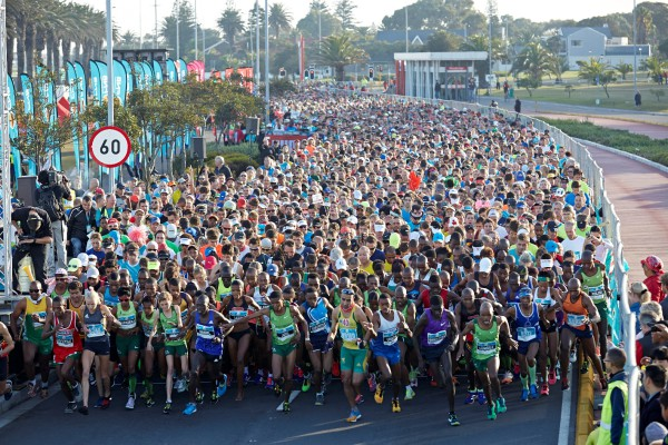 The allure of racing big international names on home soil is becoming more appealing to South Africa's top middle distance runners such as Rio bound Sibusiso Nzima who is the latest name to be announced by the FNB Cape Town 12 ONERUN organisers for the May 15 race.  Seen here:  Runner's at the start of the 2015 FNB Cape Town 12 ONERUN.  Photo Credit:  Shawn Benjamin