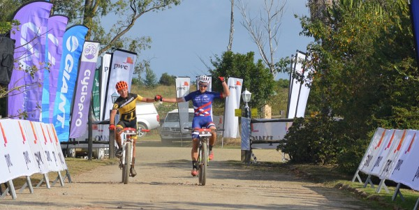 Dylan Rebello (left) and Chris Wolhuter of Imbuko-Freewheel Cycology won stage one of the 2016 PwC Great Zuurberg Trek. Photo: Full Stop Communications