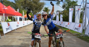 Pic 6 - Schoeman and Sanders - Full Stop