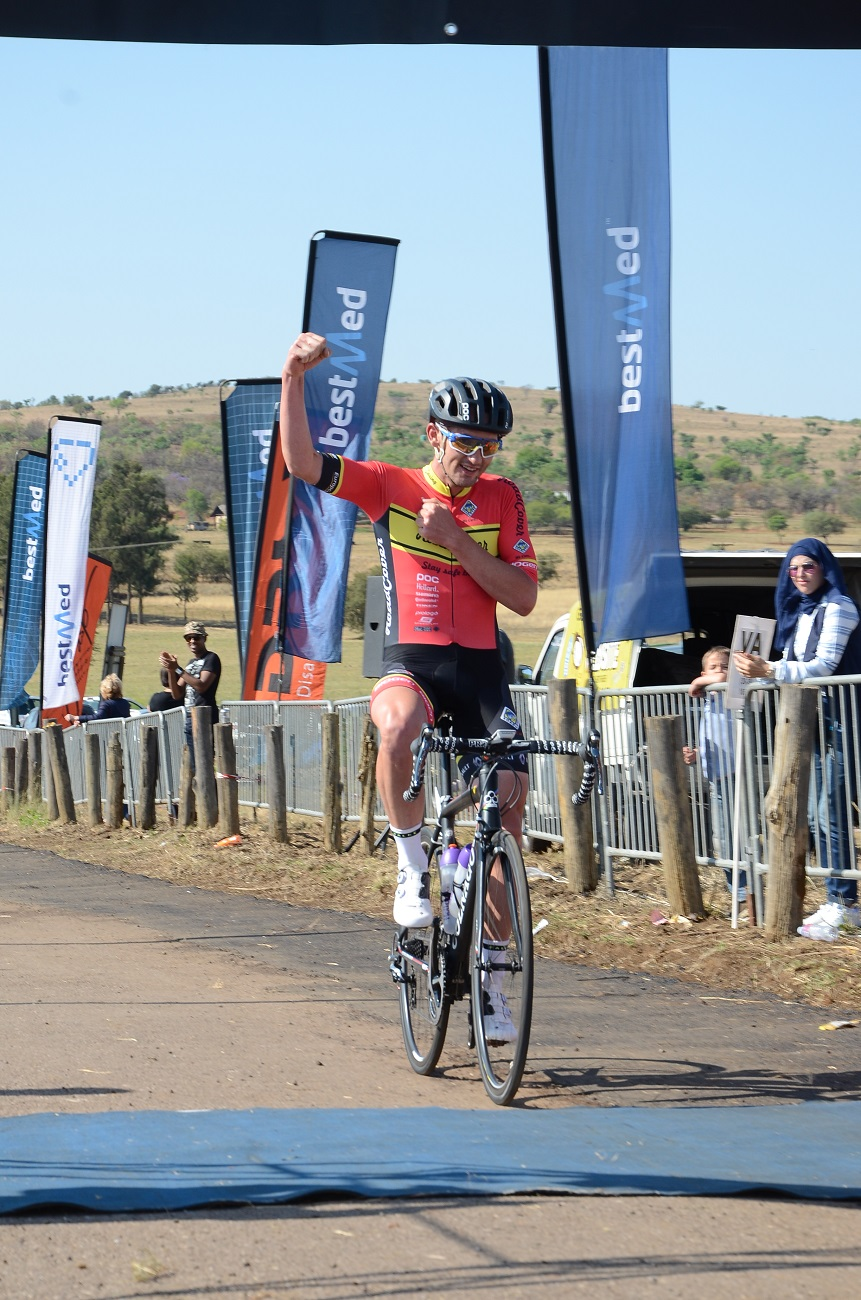 RoadCover professional Willie Smit crosses the line to win the Bestmed Satellite Classic at Saloon Route 66 near Hartbeespoort Dam on Saturday. Photo: Jetline Action Photo