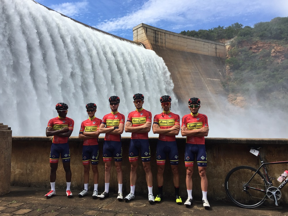 Members of the RoadCover team who will compete in the Bestmed Berge en Dale Championship are, from left, Clint Hendricks, Mornay van Heerden, Kent Main, Bradley Potgieter, Brendon Davids and Willie Smit. Photo: Nic White