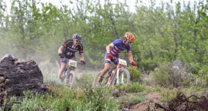 Dylan Rebello (front) claimed the 2016 Ladismith Cheese 7Weekspoort MTB Challenge title with a superb victory over David Garrett (behind). Photo by Oakpics.com.