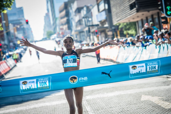 The organisers of the FNB Joburg 10K CITYRUN are proud to announce that the prize purse for the 2017 event has increased to an impressive R212 000.  Celebrating its second anniversary in 2017, entrants will be guided on a 10km journey that celebrates the rich heritage of the City Of Gold.  Seen here:  PUMA ambassador Lebogang Phalula claims gold at the inaugural FNB Joburg 10K CITYRUN in a time of 35:33.  Photo Credit:  Tobias Ginsberg