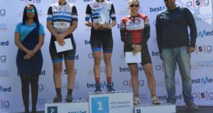 Photo 2 Kristen Louw podium LR
