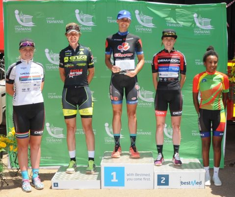 98km Women podium LR