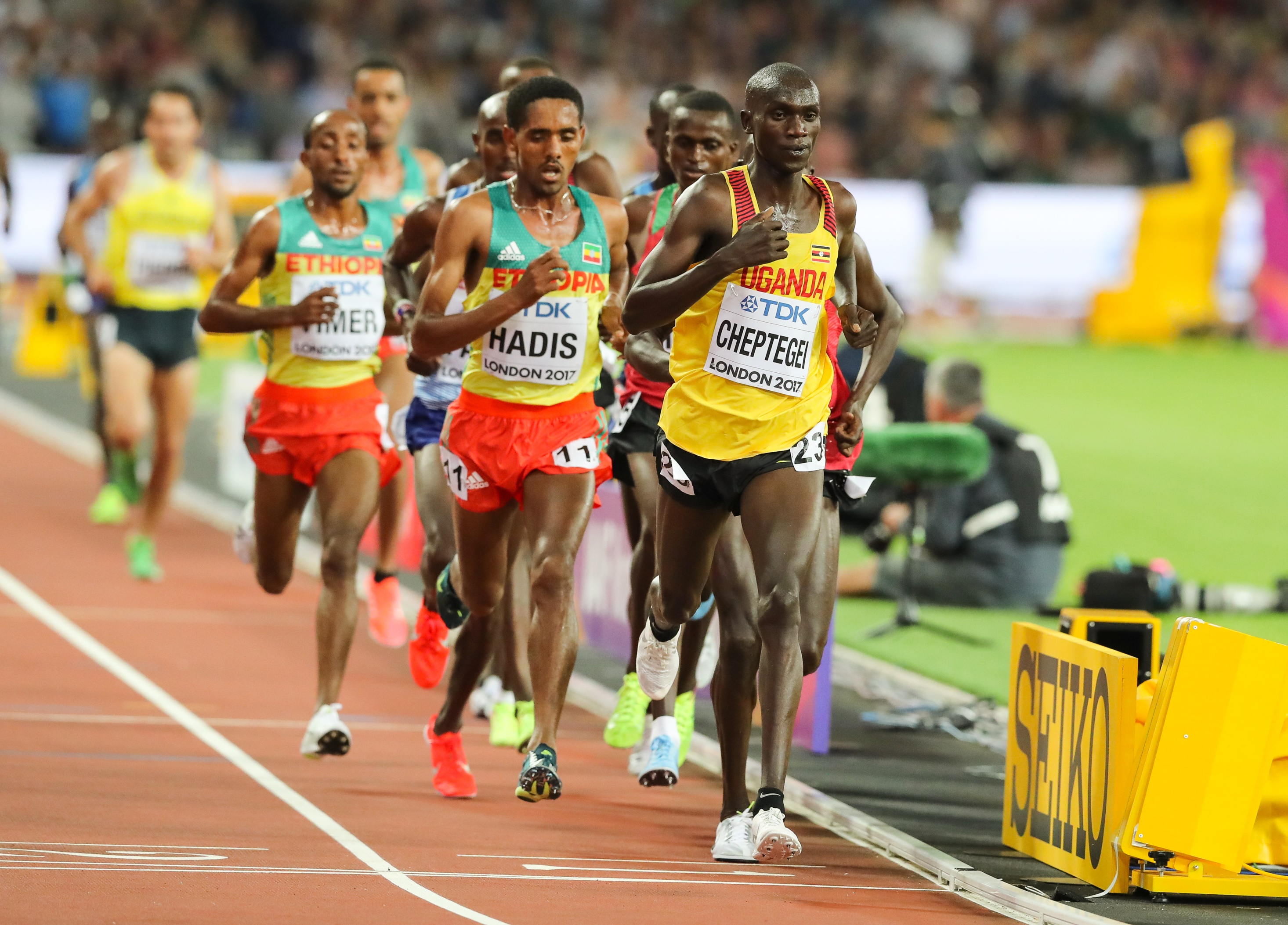 World Championship 10 000m silver medallist, Joshua Cheptegei is the first big name to be announced to compete in the inaugural Athletix Grand Prix Series in March 2018.  The Athletix Grand Prix Series consists of three meetings:  1. Ruimsig Stadium, Johannesburg on Thursday, 01 March 2018, 2. Tuks Stadium, Tshwane on Thursday, 08 March 2018 and 3. Dal Josaphat Stadium, Paarl on Thursday, 22 March 2018.  Cheptegei will be seen in action at the first two meetings.  Seen here:  Joshua Cheptegei in action.  Photo Credit:  Image SA