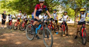Five-times ABSA Cape Epic winner, Ariane Luthi, shared her skills and experience with children from the Anna Foundation yesterday in Stellenbosch.