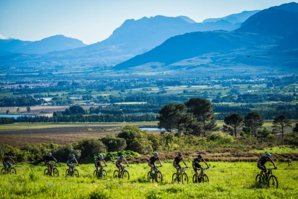Mountain bikers enjoying the spectacular MTB trails with amazing views at the 2017 Fedhealth MTB Challenge. Photo Credit:  Tobias Ginsberg