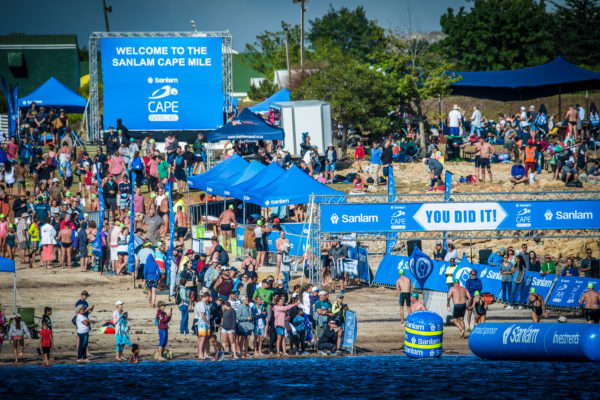 The 5th annual Sanlam Cape Mile brought to you by Sanlam Investments will return to the majestic Eikenhof Dam (Elgin, Grabouw) on Sunday, 17 February 2019.  The Western Cape's most exhilarating open water swim, the Sanlam Cape Mile boasts two exciting distances:  a 1 mile (1.6km) and a refreshing 500m swim.