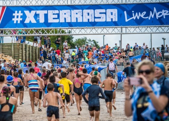 XTERRA Kids Race swim by Tobias Ginsberg