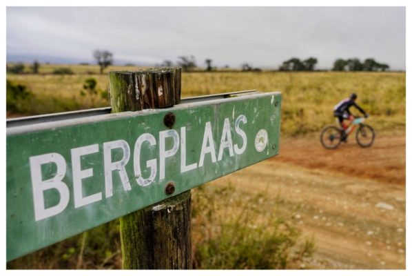 From Bergplaas at the 140km mark the route to Jeffery's Bay was muddy in places following the, much needed, rain the region experienced that morning. Photo by Jacques Marais.